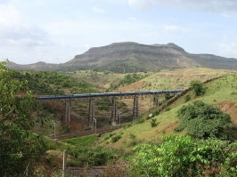 igatpuri-train.jpg