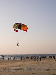 parasailing-colva-beach.jpg